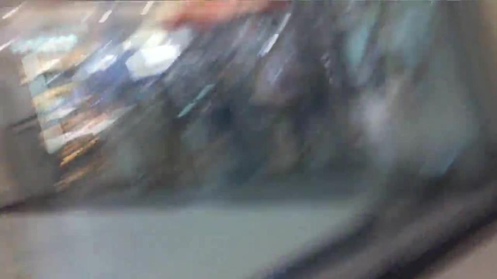 【ガチ盗撮】ショップ店員の胸チラ&パンチラ観察 28