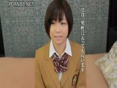 [XVIDEOS②] 紗倉まな AV Debut 平成5年生まれの18歳!ロリキュートアイドルまなちゃんのデビュー作。