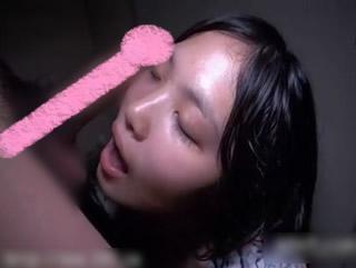 【xvideos無修正】公衆トイレにちんぽを欲しがるヤリマン女が出没するという噂・・・。真相をたしかめるべくトイレに突撃w