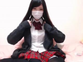 【エロいライブチャット】制服JK超美少女のまんこちらちら~マンチラオナニーLIVEwww