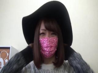 【ライブチャット無修正動画】マスクが超可愛い!オチンチン大好きギャル!楽しそうなオチンチンをフェラってます♪